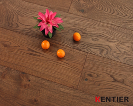 K5122-Oak Engineered Flooring with Handscraped Treatment To Show You An Antique Feeling